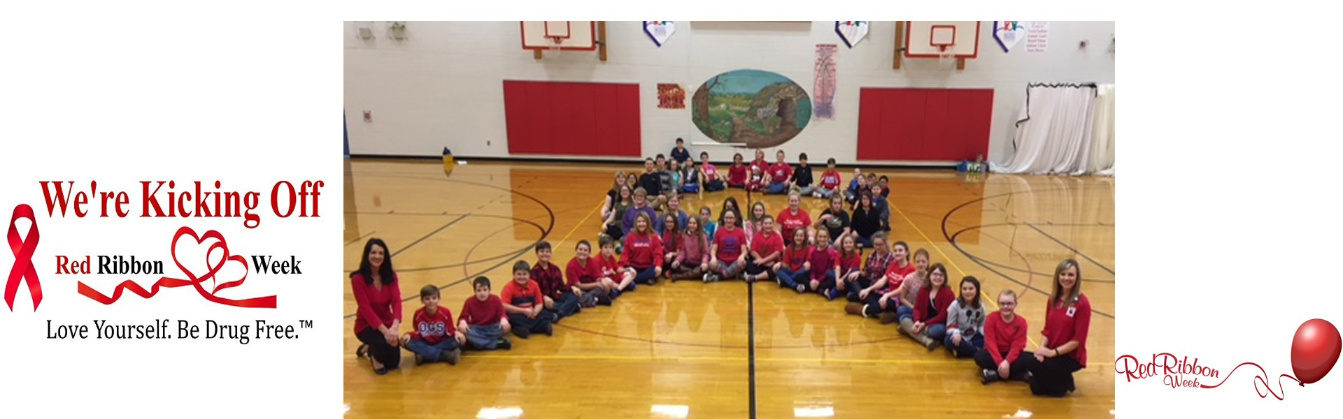 Oak Grove UNITE Club Members make RED RIBBON!